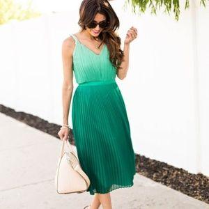 Banana Republic Pleated Green Ombre Midi Dress
